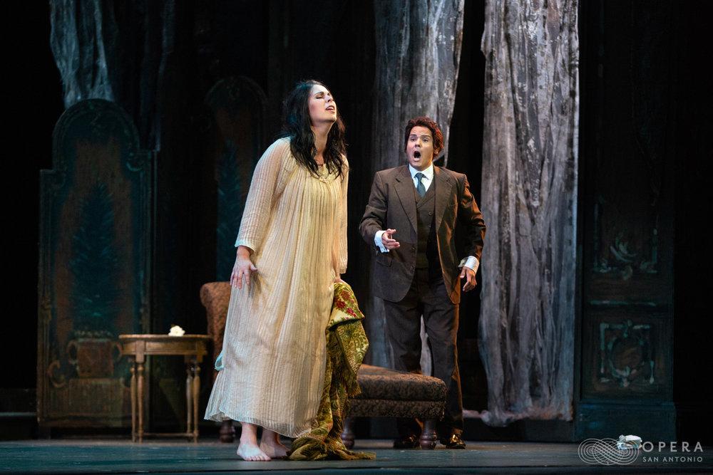 Traviata_3332.jpg