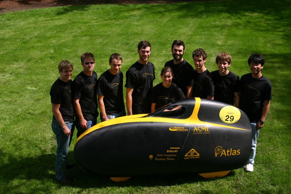 2009 team photo.jpg
