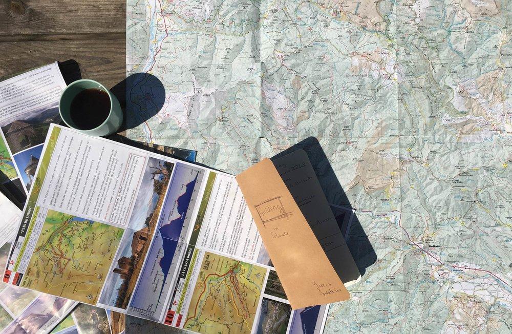 unbeaten-adventures-mountain-biking-pyrenees-zona-zero-ainsa-maps.jpg