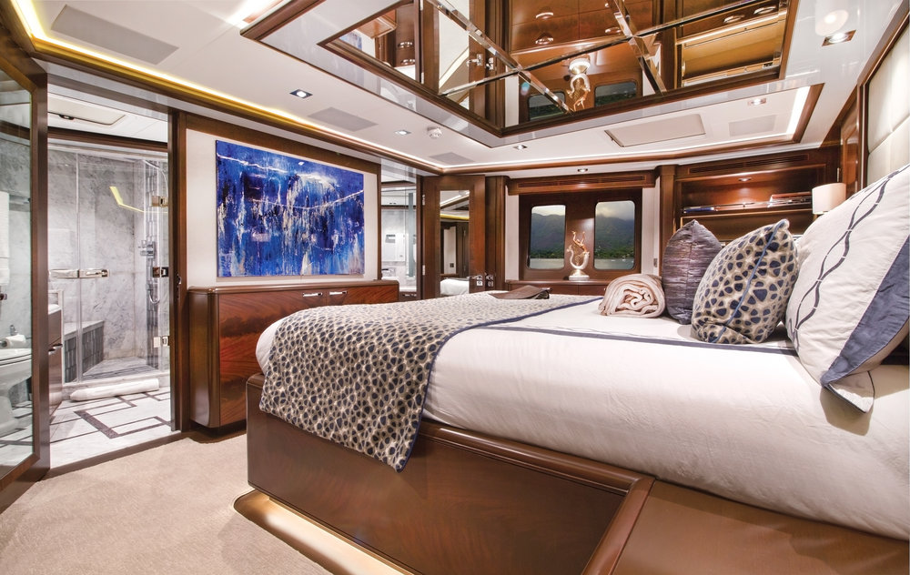 Luxury Charter Yacht Vivierae II On Deck Master Stateroom