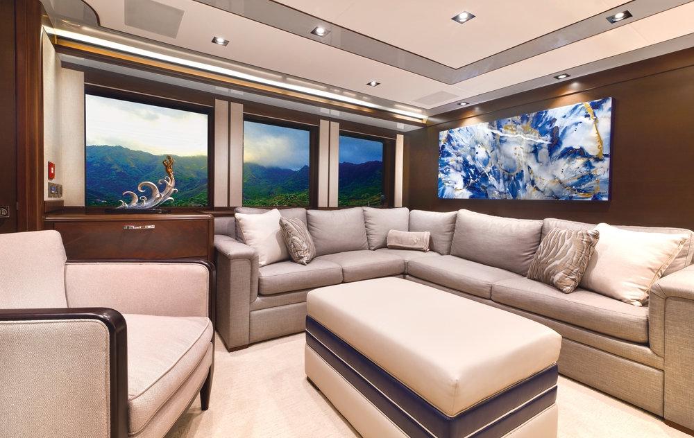 Luxury Charter Yacht Vivierae II Sky Lounge Convertible Sofa Bed