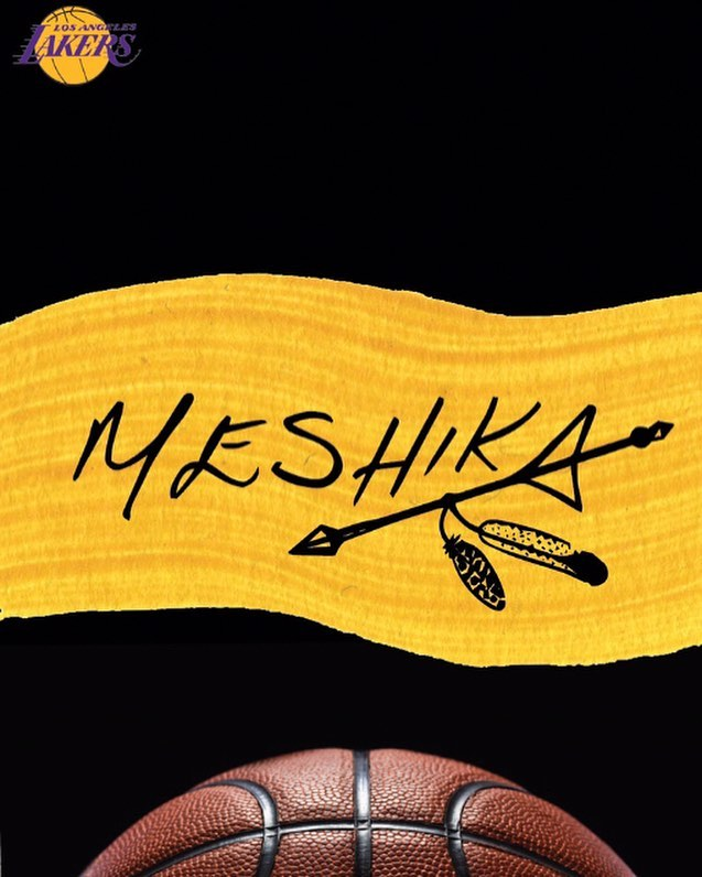 We're have a Hat Pop Up with tha fam at the @lakers today - so stoked to be there.. #meshikahats🌵