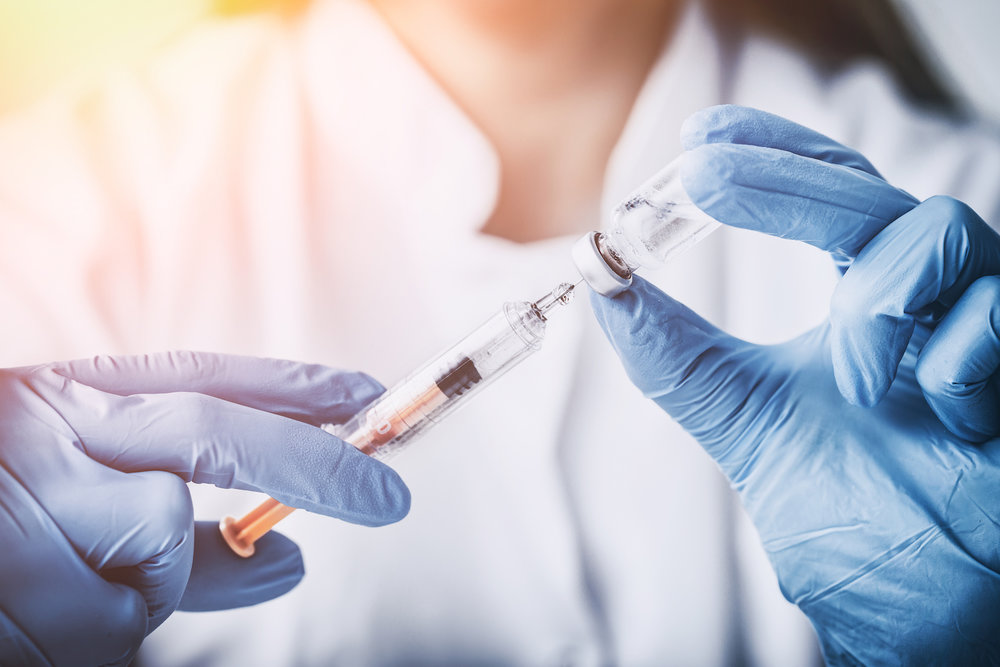 - Medical professionals and immunization experts from different states have signed a letter asking the 14 institutions that are a part of the Big Ten Conference, some of the most prominent universities in the country, to mandate that their students be vaccinated against meningitis B.