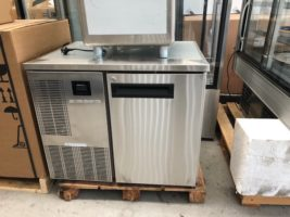 Skope Freezer PG100HF Under Bench- Used - As New   $1,695.00 + GST    https://www.skope.com/products/food-storage-underbench/pg100-1-solid-door-1-1-underbench-freezer/   Lockable - As New  10 Amp  Dimensions : 863W x 680D x 716H + Feet