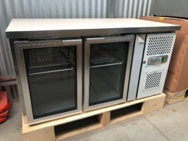 2 Door Chiller /Workbench – GN2100TNG – New   $2,500.00 + GST   10 Amp Plug – Double Glazed Glass Doors – On Castors  Dimensions : 1350W x 700D x 850H