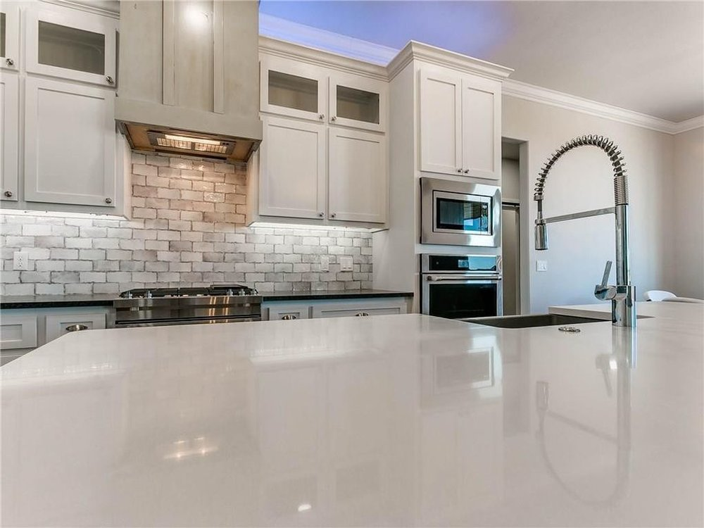 white kitchen counters.jpg