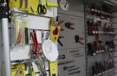 Tools & building hardware