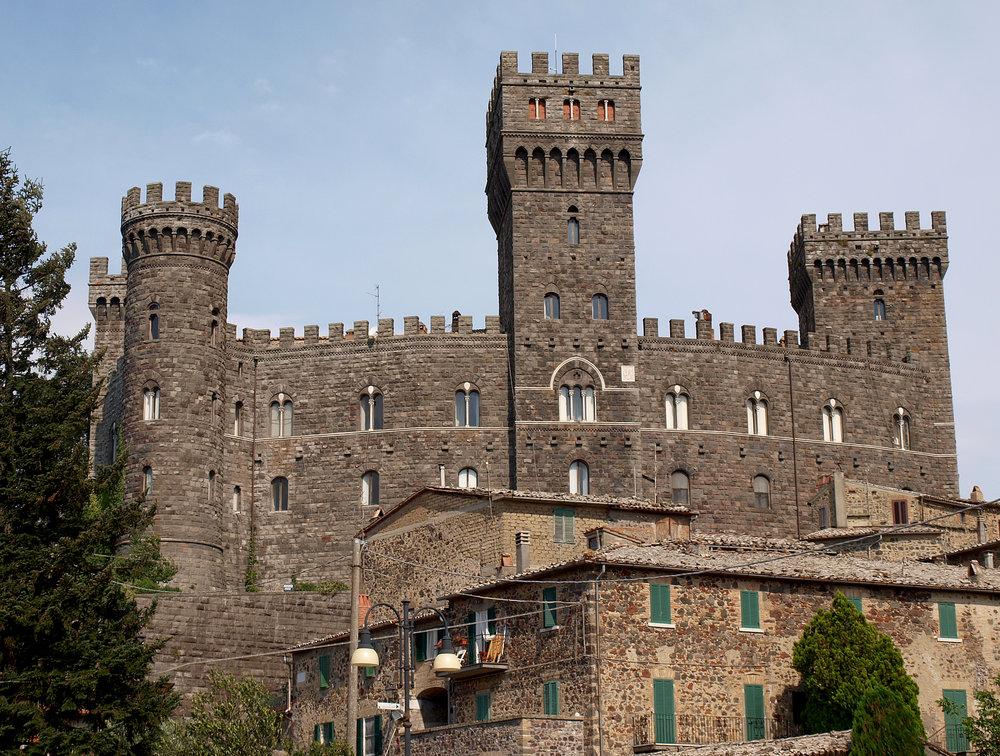 Torre_Alfina_castello.jpg