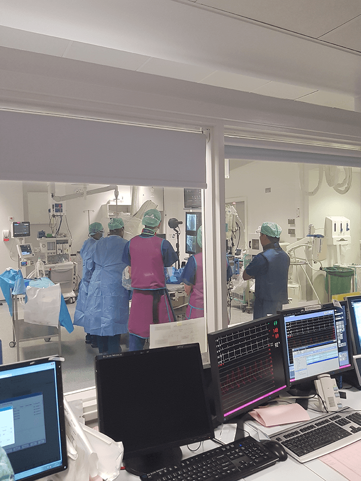 A live angiogram is filmed on the Nokia OZO.