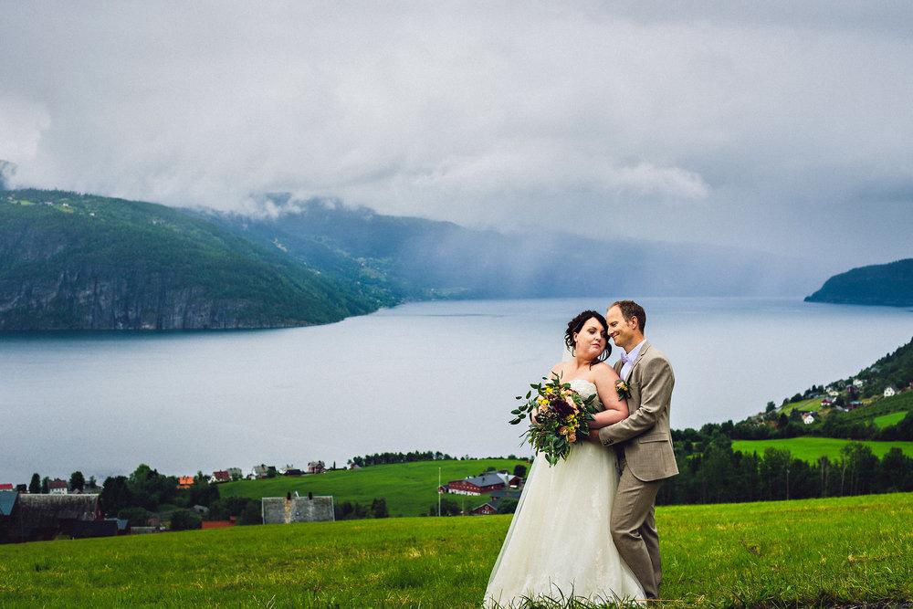 Bryllupsfotograf Utvik og Stryn i Nordfjord