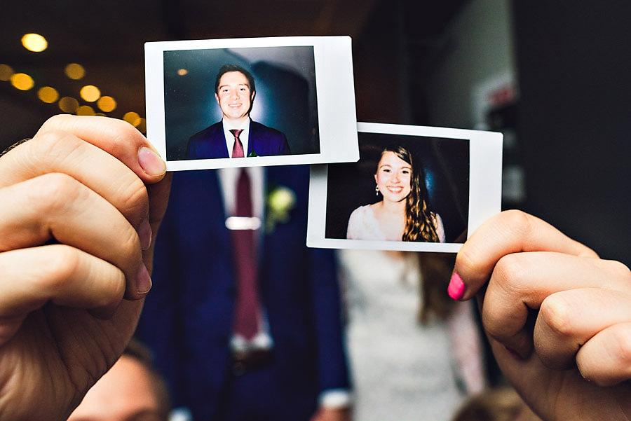Polaroidkamera og polaroidbilder i bryllupet på Forum Jæren p