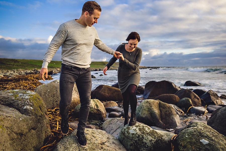 forlovelsesfotografering ved sjøen