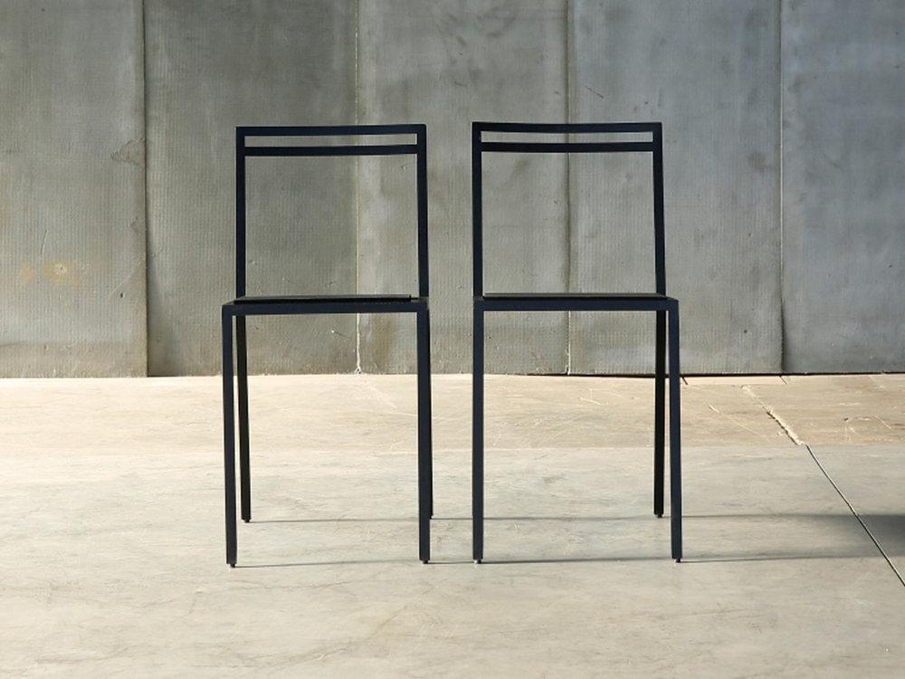 rubber_chair_detail_3_big-web.jpg