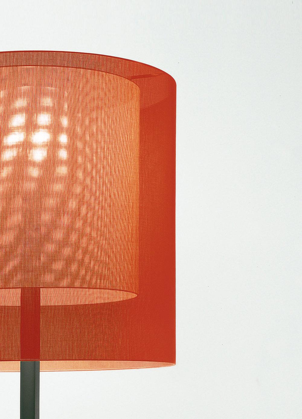 SANTACOLE_FLOOR_LAMPS_Moare_Masia__Carme_12-web.jpg