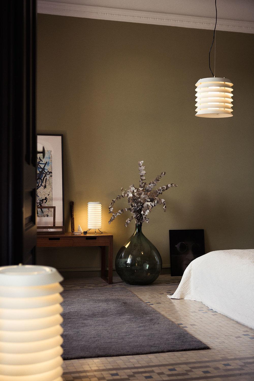 SANTACOLE_TABLE_LAMPS_Maija_Maija_15_Pericas__Carlos_9-web.jpg