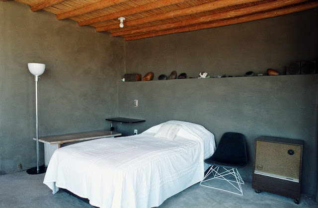 georgia okeefe bedroom the ghost ranch home new mexico.jpg