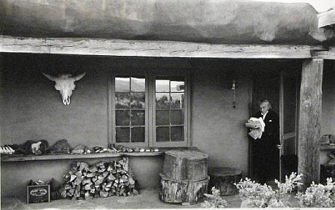 dan-budnik-georgia-okeeffe-in-potting-shed,-ghost-ranch,-new-mexico.jpg