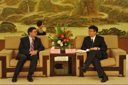 Официална среаща между кмета на гр. Уънджоу и председателя на БЦРИТК, 2016, Уънджоу, Китай