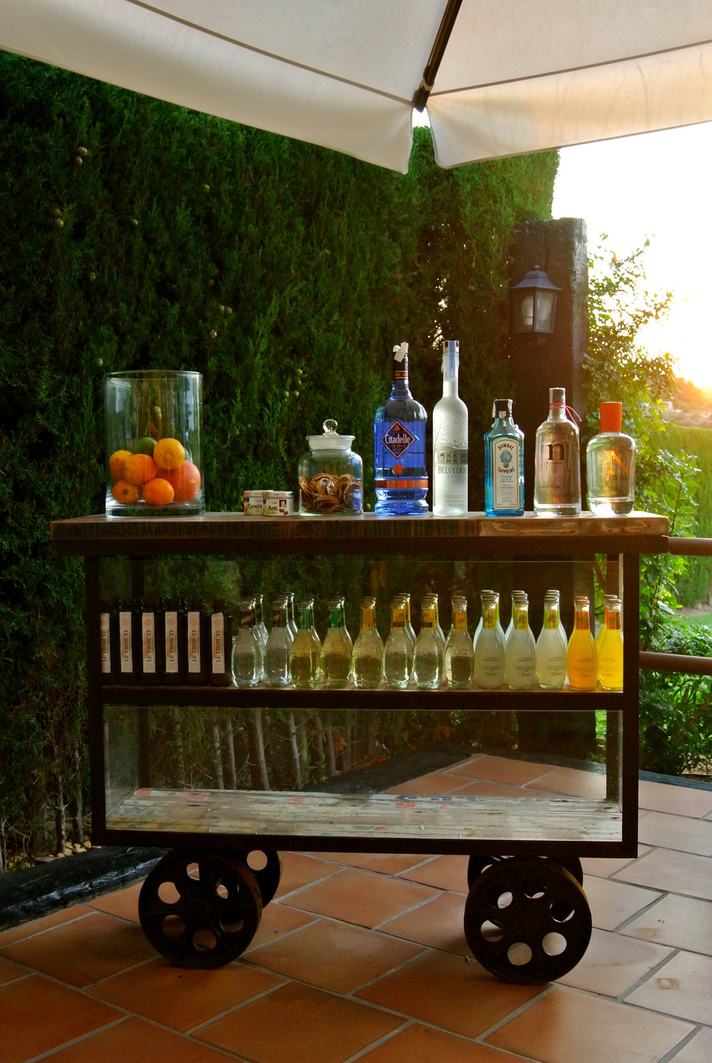 Val de Cavall Drinks Trolley.jpg