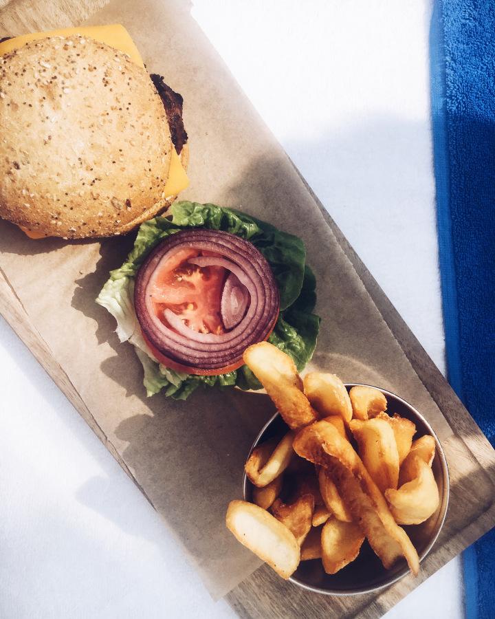 Burger Siesta Bar.jpg
