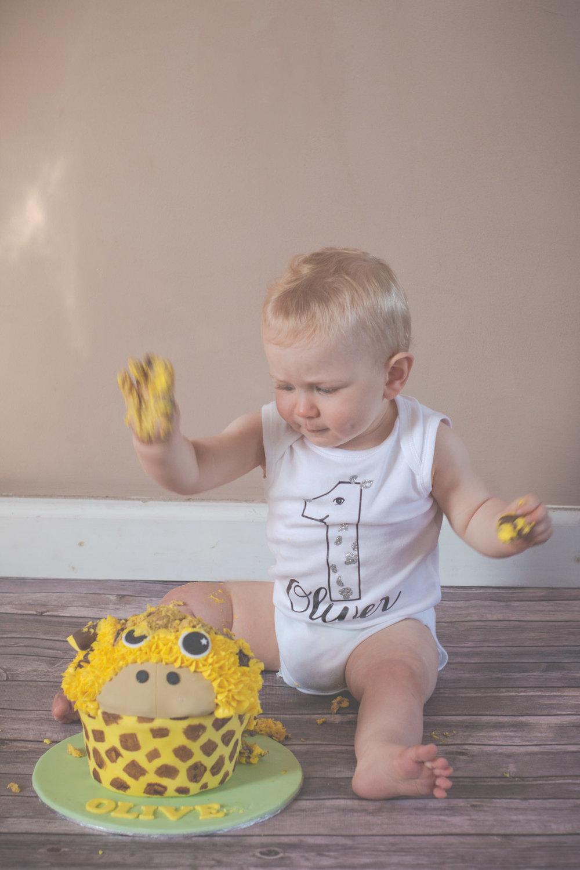 cake-smash-splash-cakey-baby-keighley-skipton-2