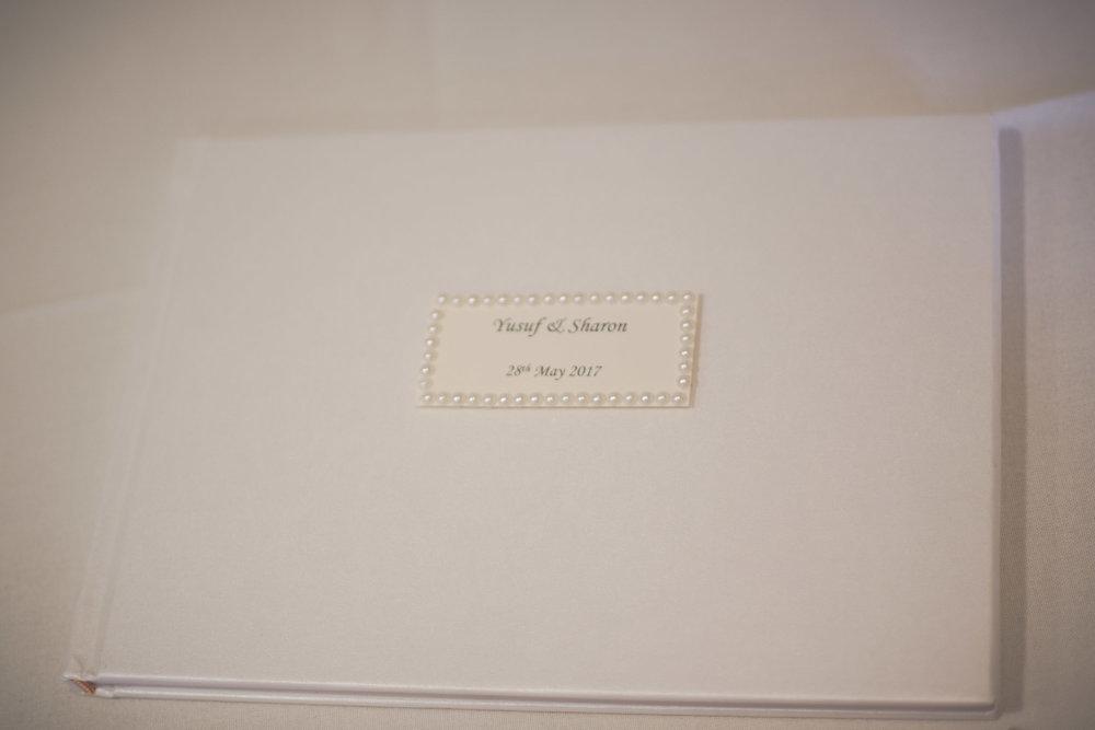Copy of gomersal-park-hotel-bradford-wedding-photography-09