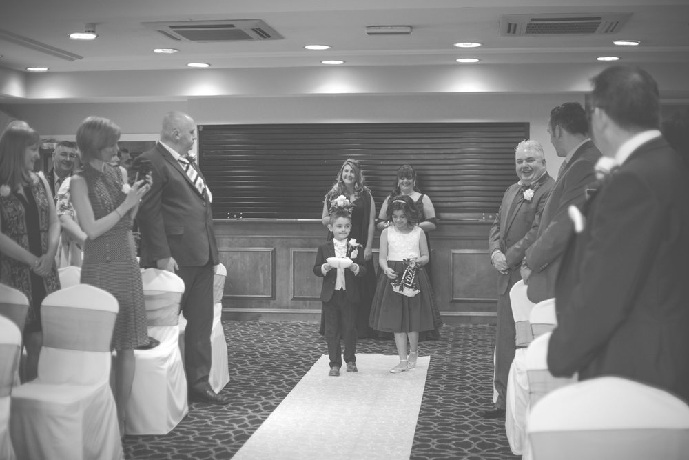 Copy of gomersal-park-hotel-bradford-wedding-photography-13