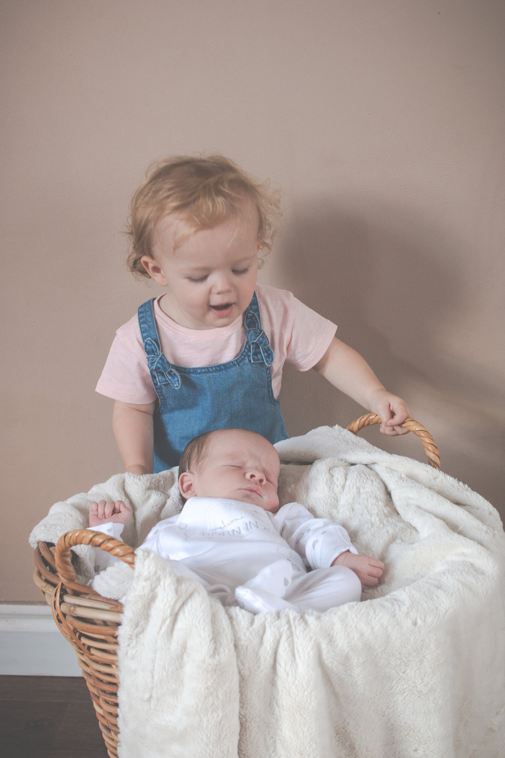 studio-mobile-newborn-family-photography-keighley-skipton-02