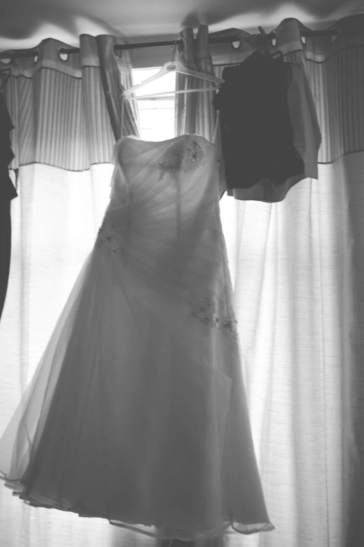 st-johns-ingrow-keighley-wedding-photos-01
