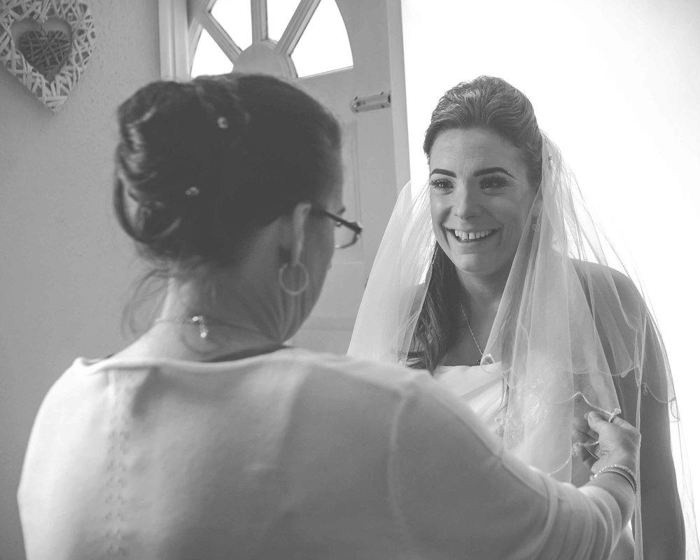st-johns-ingrow-keighley-wedding-photos-07