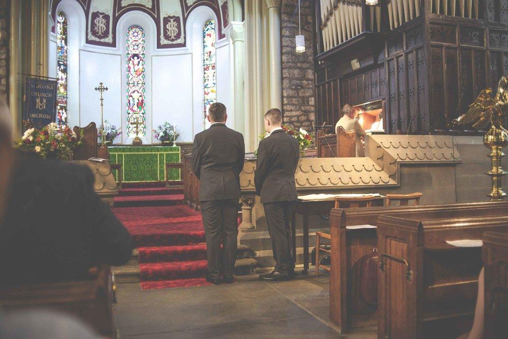 st-johns-ingrow-keighley-wedding-photos-09