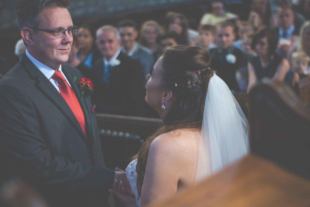 st-johns-ingrow-keighley-wedding-photos-15