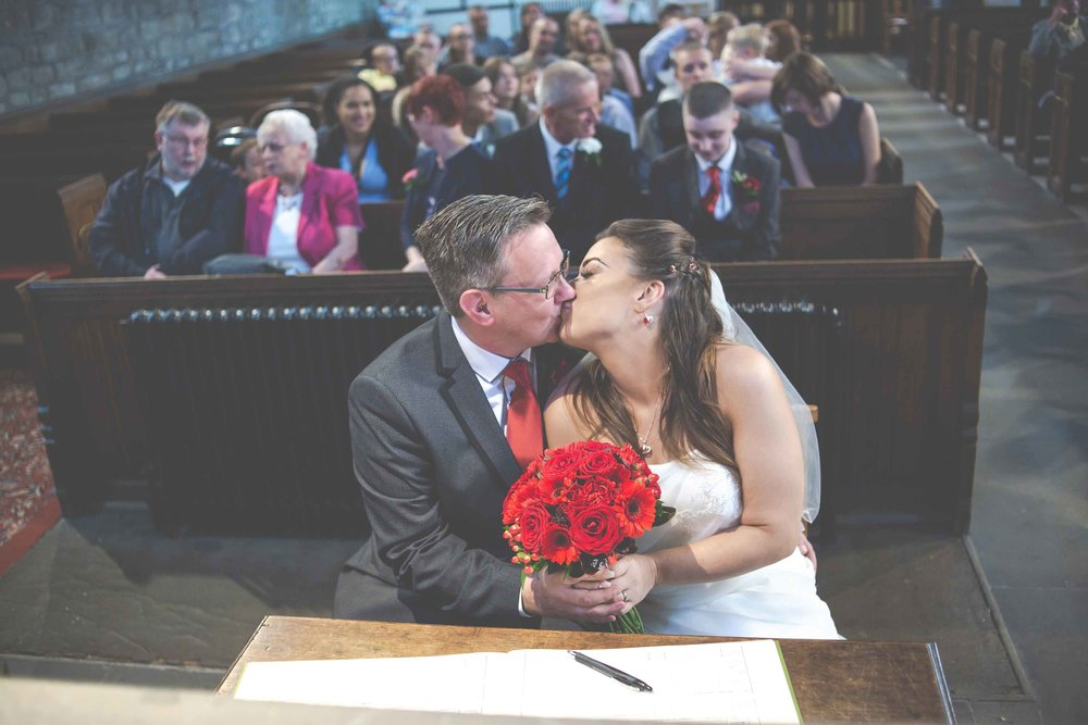 st-johns-ingrow-keighley-wedding-photos-19