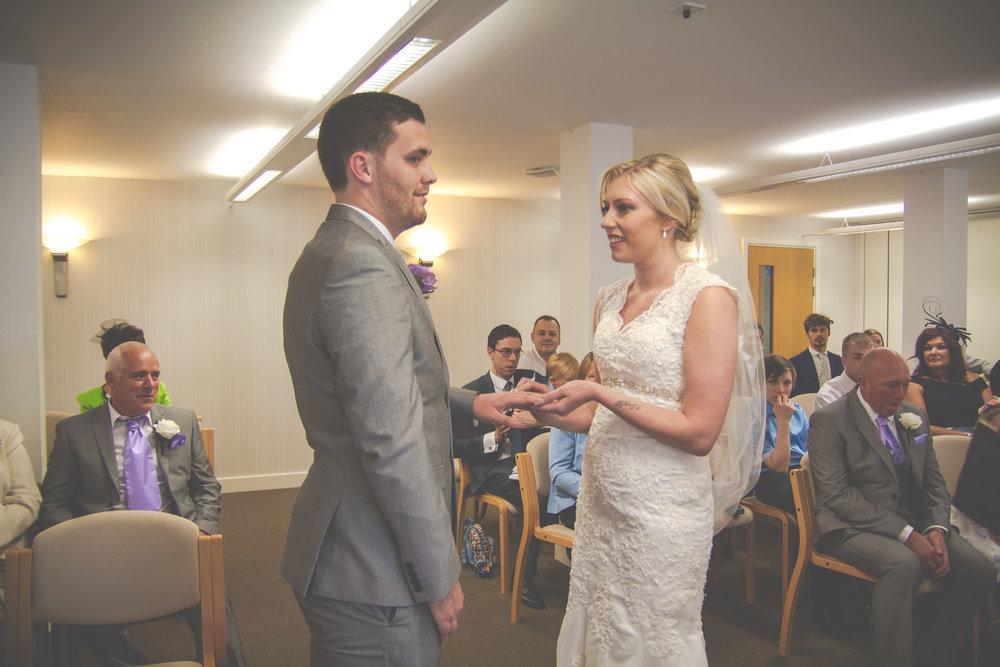 skipton-registry-office-wedding-photography-27.jpg