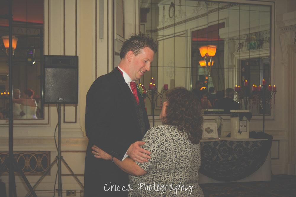 midland-hotel-bradford-wedding-photography-chicca-37.jpg