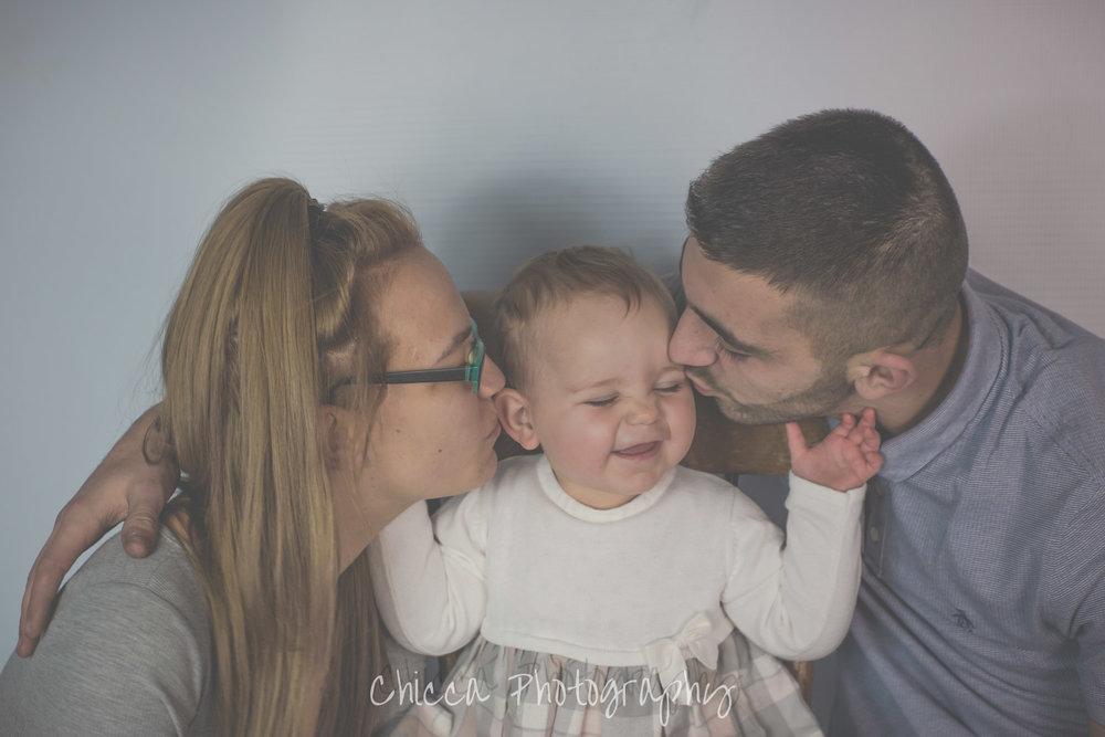 family-baby-photographer-portraits-in-keighley-bradford-skipton-halifax-8.jpg