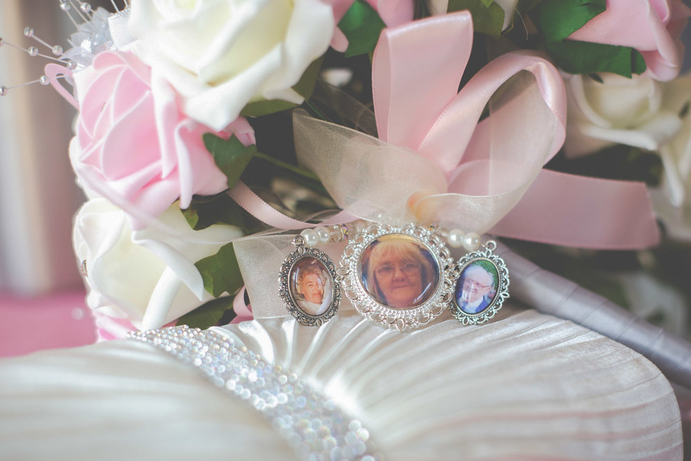 keighley-wedding-photographer-bradford-registry-office-silver-birch-chicca-22.jpg