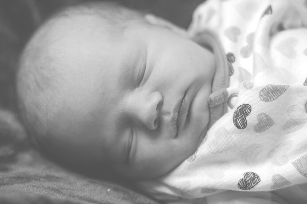 mobile-baby-photo-shoot-keighley-skipton-ilkley-chicca