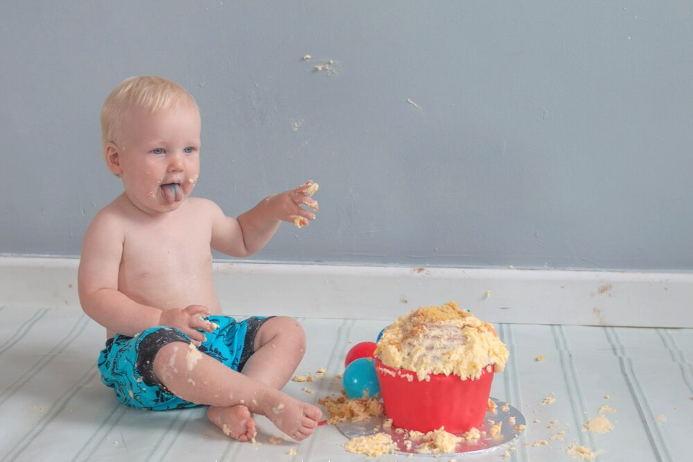 baby-child-cake-smash-photos-keighley-skipton-11.jpg