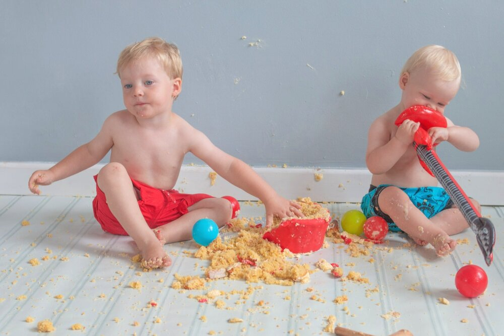baby-child-cake-smash-photos-keighley-skipton-30.jpg