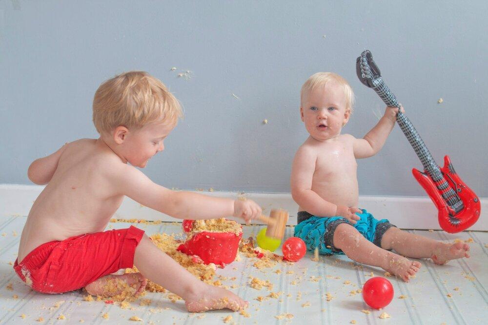 baby-child-cake-smash-photos-keighley-skipton-32.jpg