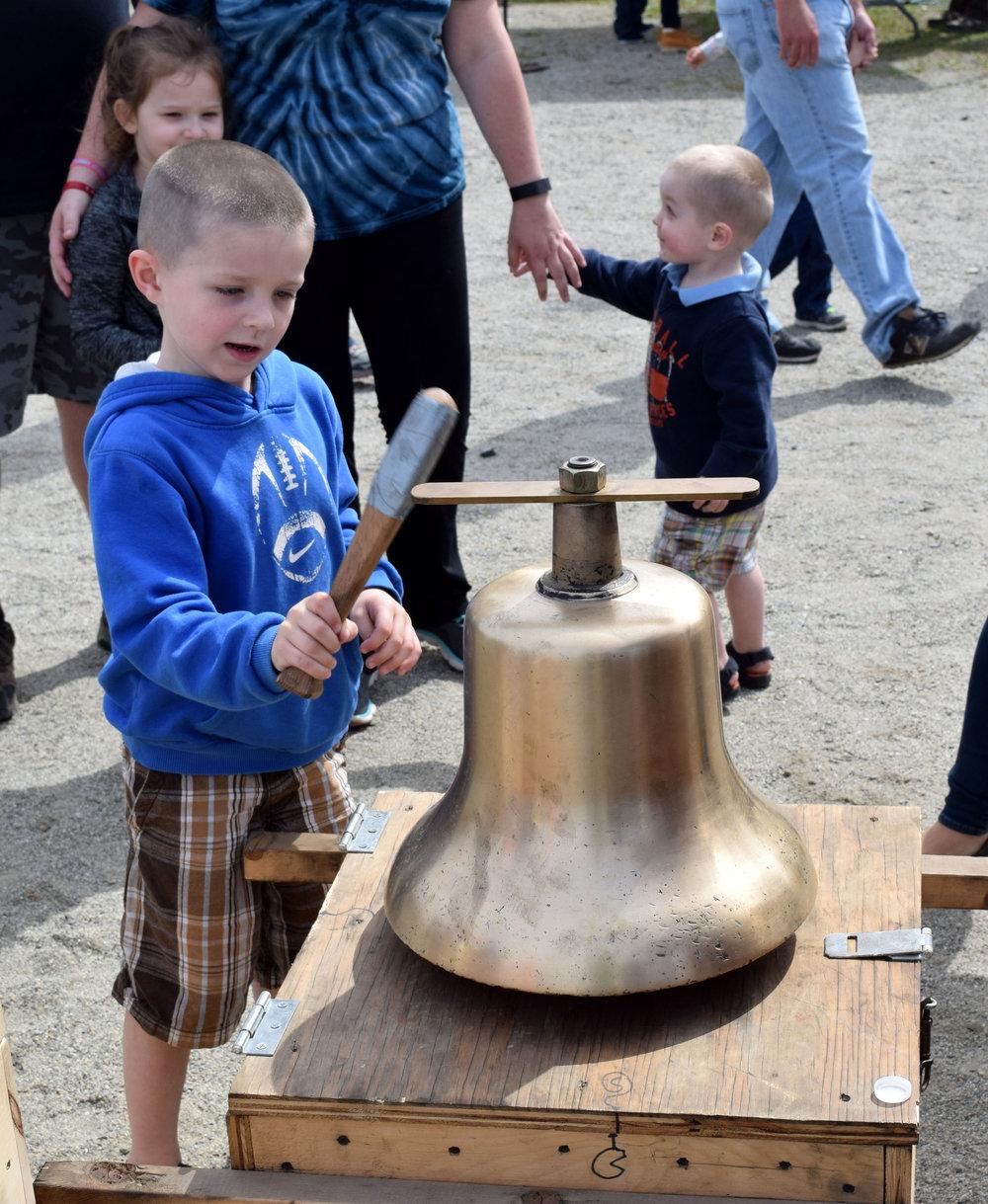 Bell ringer 2.JPG