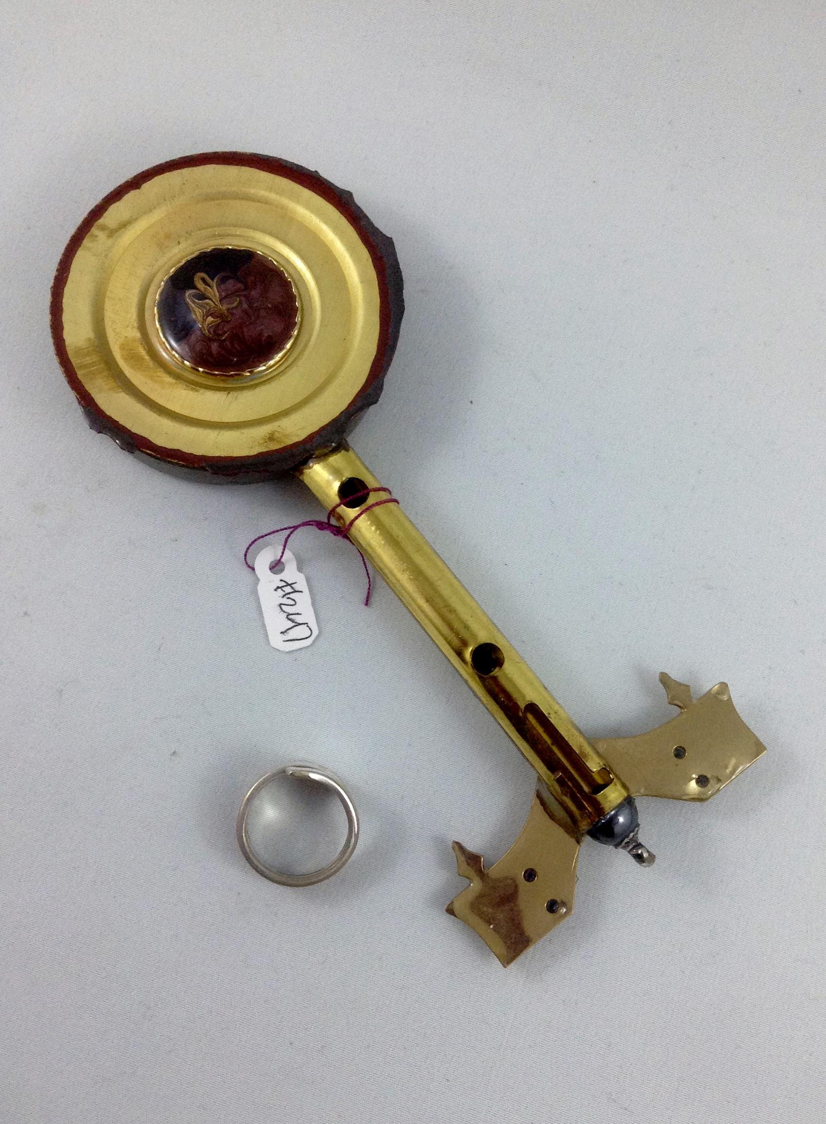one side key 247