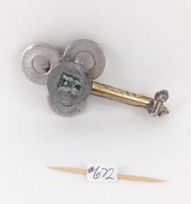 Key 672 one side