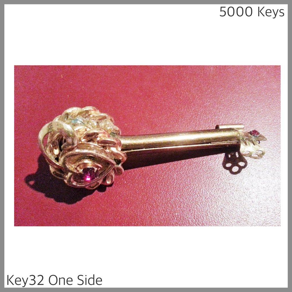 Key 32 one side.jpg
