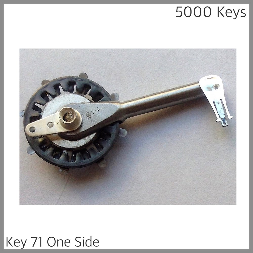 Key 71 one side - 1.JPG
