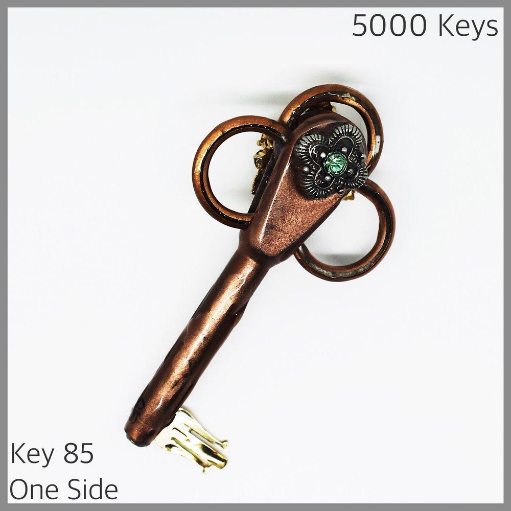 Key 85 one side - 1.JPG
