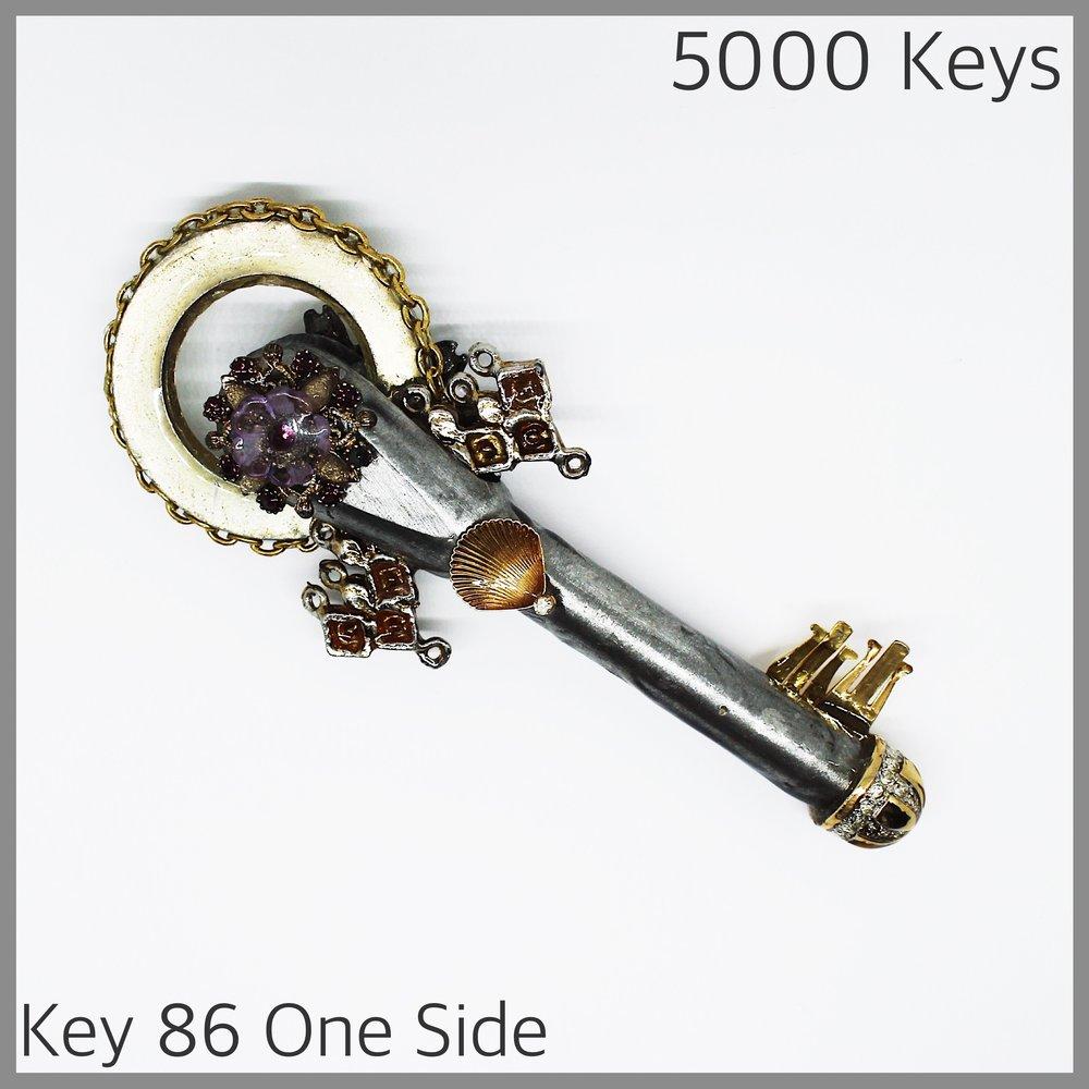 Key 86 one side - 1.JPG