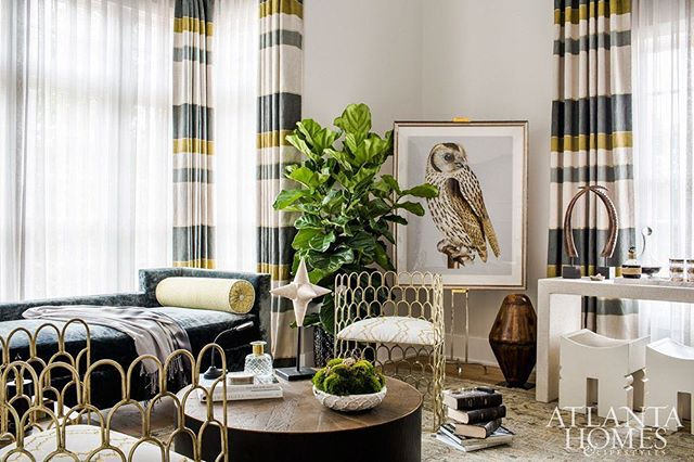 #tbt to a beautiful installation by @montgomerygratchinteriors.  Featuring one of our favorite fabrics  Andi Stripe done in collaboration with @j.rachmansf #interiors #interiordesign #homedecor #instagood #luxury #homedesign #interiors #interiordesigner #style #luxurylifestyle #beautiful #housetour #finditstyleit #homerenovation #dreamhome #modernhome #lux #decor