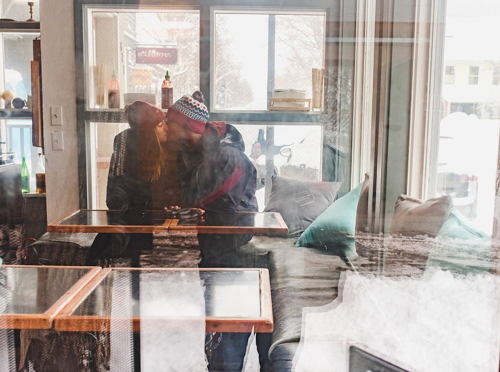 telluride-cafe-engagement.jpg